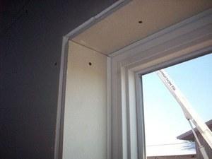 окно и гипсокартон